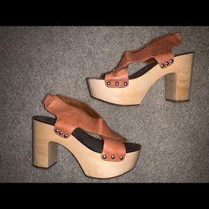 Lucky brand clog heels size 7